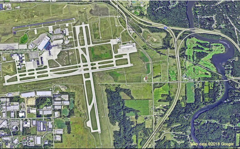 Gerald R. Ford International Airport Receives Jay Hollingsworth Speas  Airport Award
